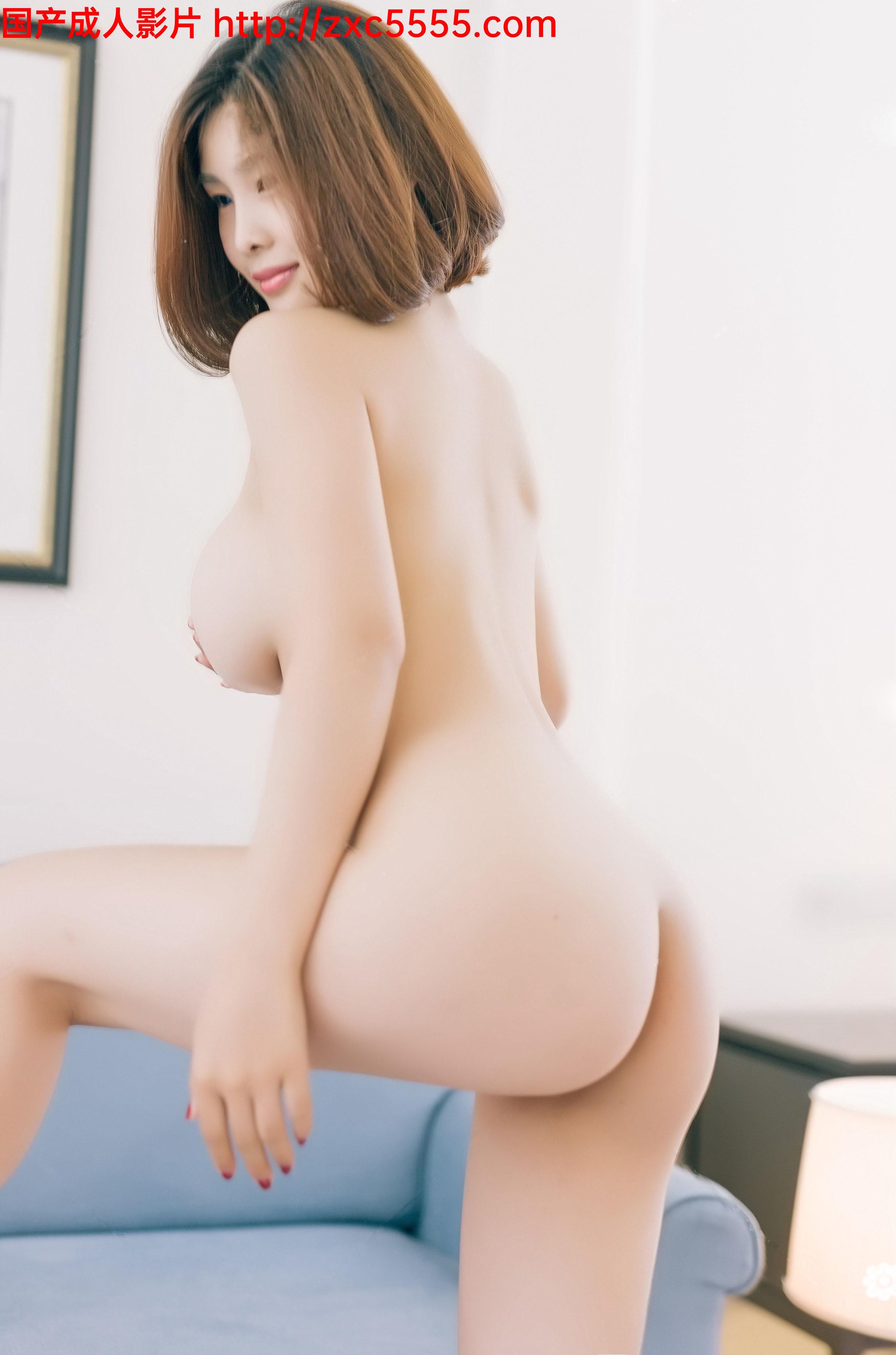 網紅少女人格分裂的momo醬-連體開襠褲(會員版)圖包視頻 / 大胸奶神闫盼盼